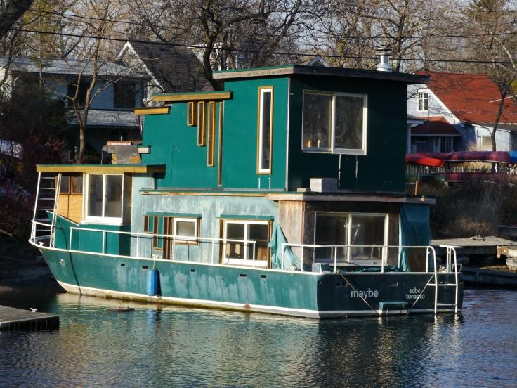 """Un petit """"bateau-maison"""" pour prendre l'apéro l'été?"""