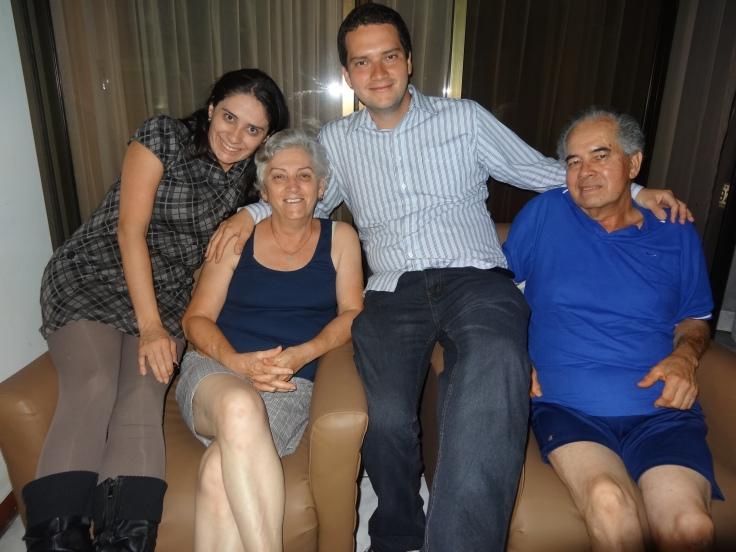 Les parents et la soeur de Pablo m'ont accueilli comme si j'avais fait partie de leur famille depuis longtemps / Pablo's parents and sister welcomed me like if I was a family member for a long time