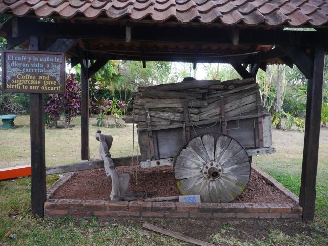 Une charrette peut porter jusqu'à 500kg / A cart can carry up to 500kg