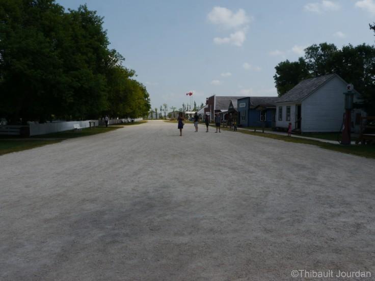 Un village a été reconstitué / A Mennonite town has been recreated.