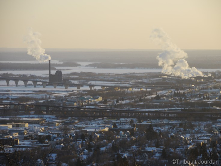 Duluth est très industrielle / Duluth is an industrial city, with a lot of factories