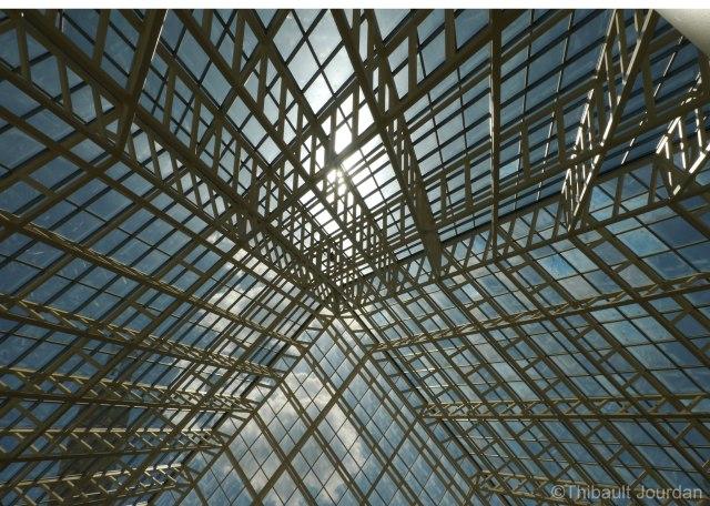 J'ai vraiment aimé la verrière qui sert de toit à la mairie d'Edmonton.